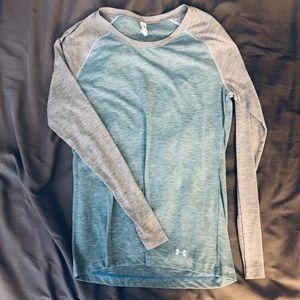 Long sleeve heatgear shirt